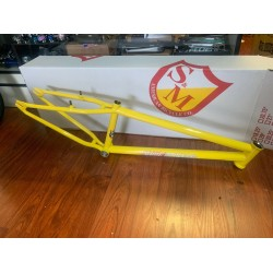 S&M 24 INCH STEEL PANTHER RACE FRAME YELLOW 22  CRUISER