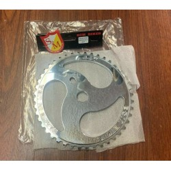S&M RETRO CHAINSAW CHAIN SAW SPROCKET 44 T POLISHED SILVER BMX BIKE  44T CHROME